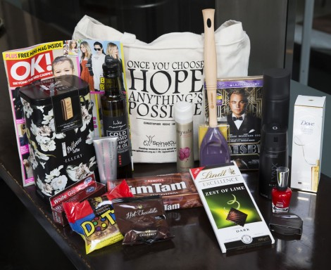 Channel9_OscarsLunch002 - The goody bag!